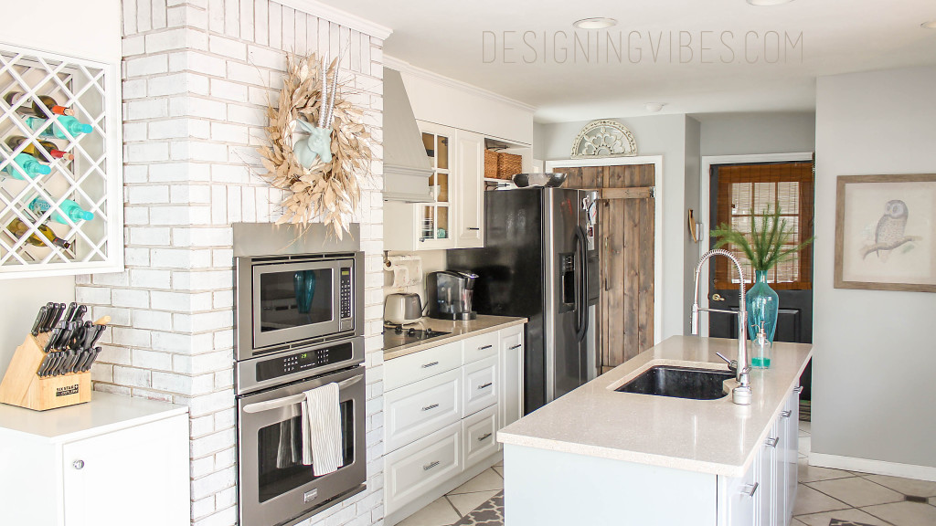 white and grey transitional kitchen