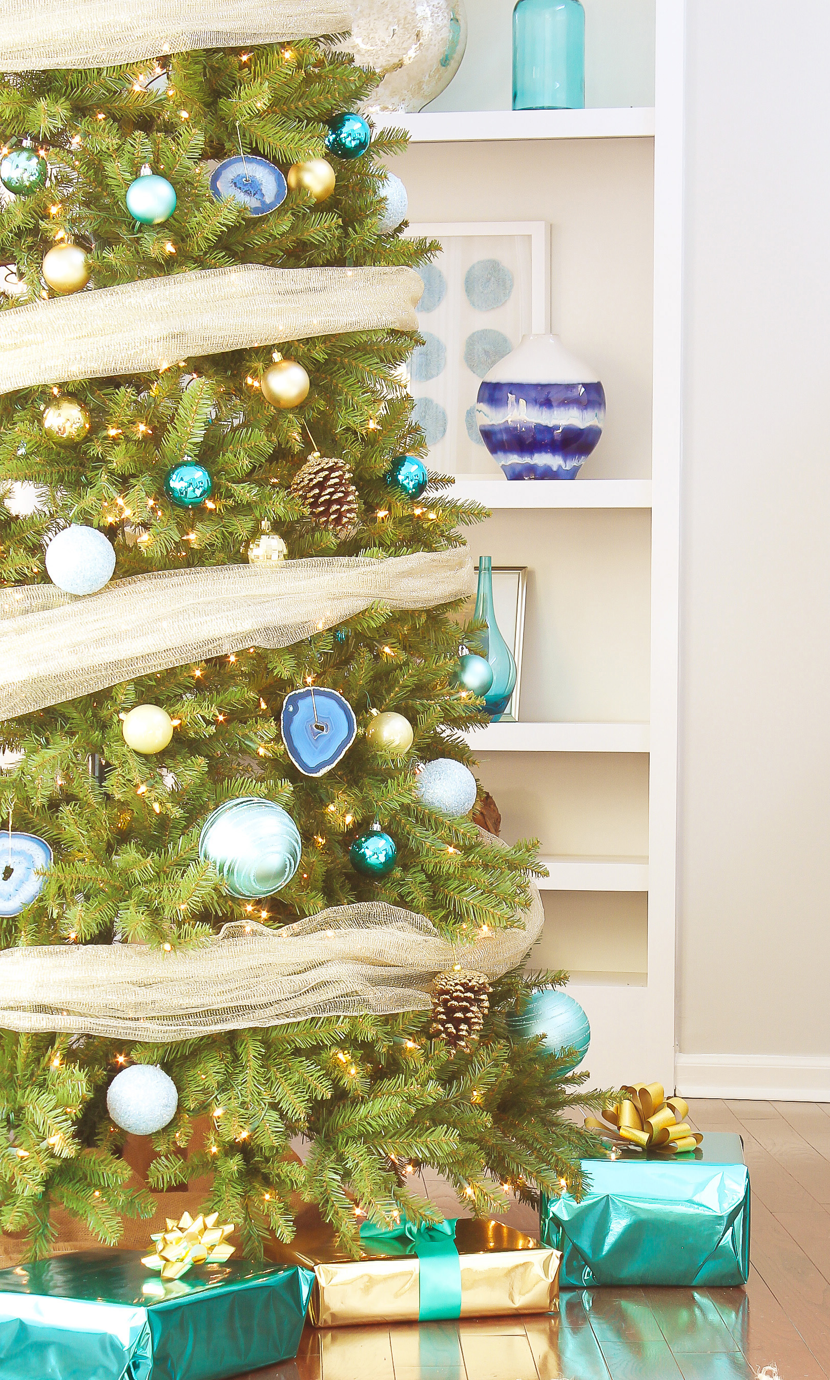 The best artificial christmas trees on a budget 2017 for Under the christmas tree 2017