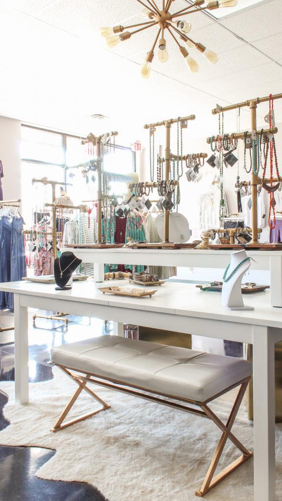 clothing boutique decor ideas