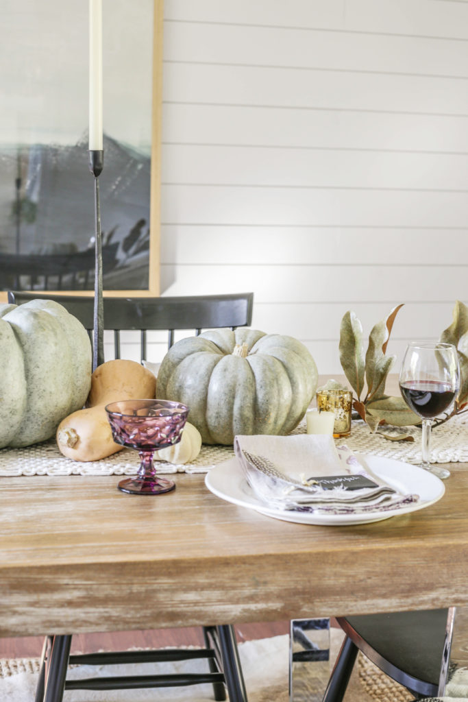 neutral modern thanksgiving table