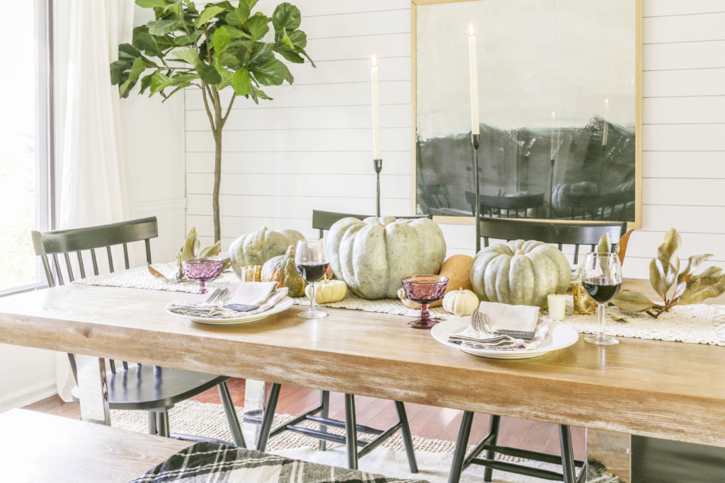 modern farmhouse table for fall