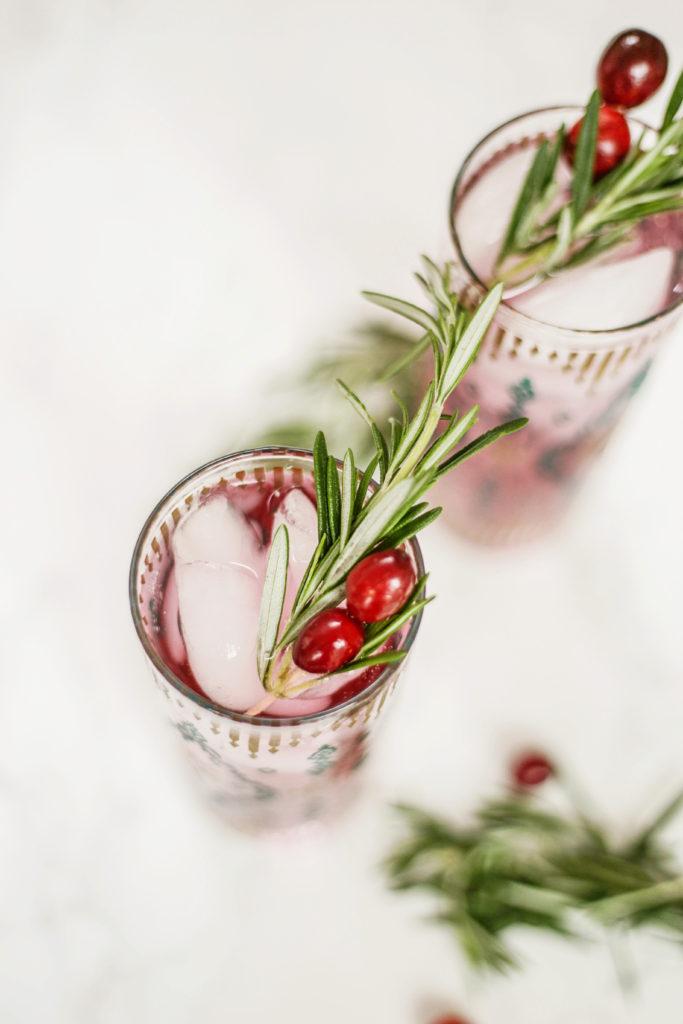 zero sugar christmas cocktail