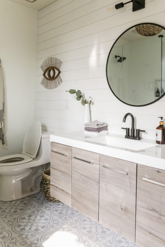 boho modern farmhouse bathroom makeover