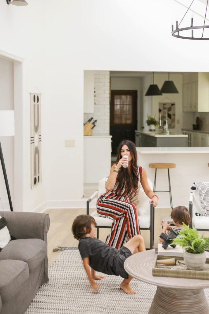 living room reveal of designing vibes erica van slyke