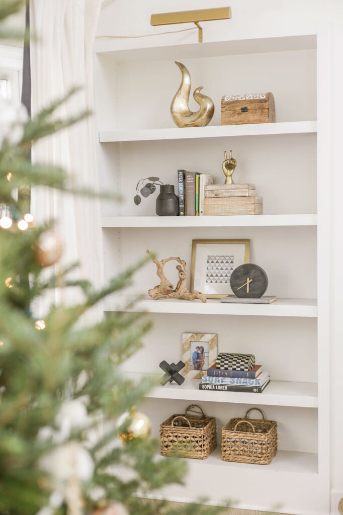neutral holiday decorating inspiration
