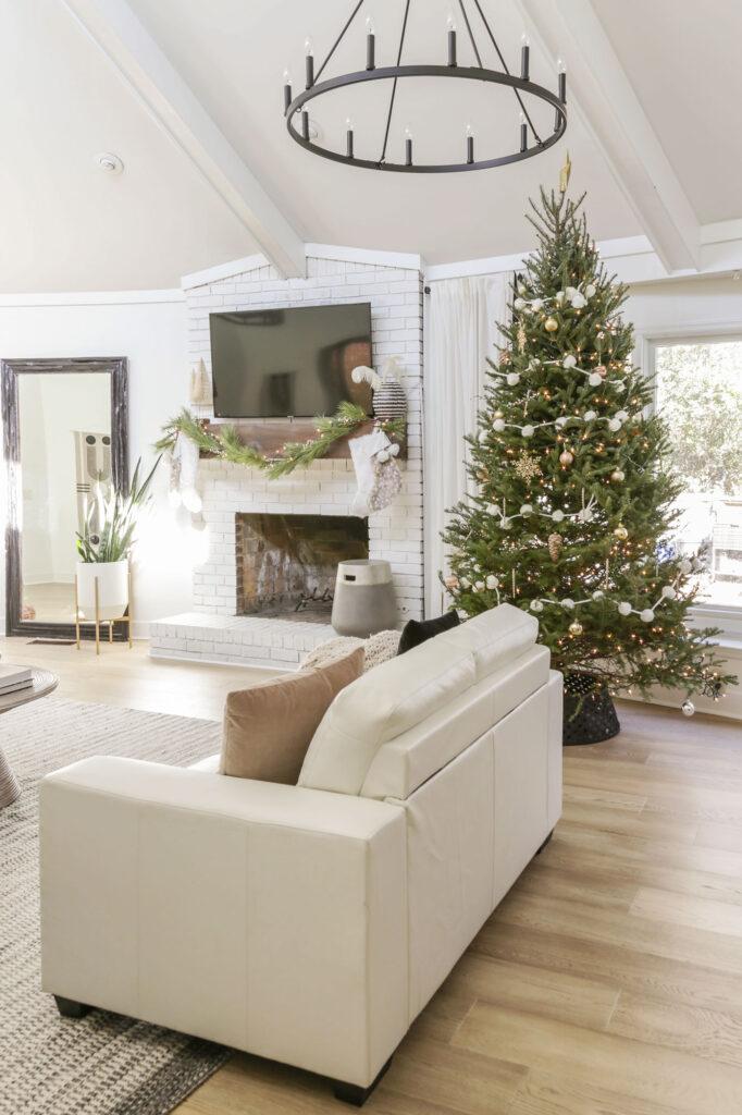 neutral modern christmas tree ideas