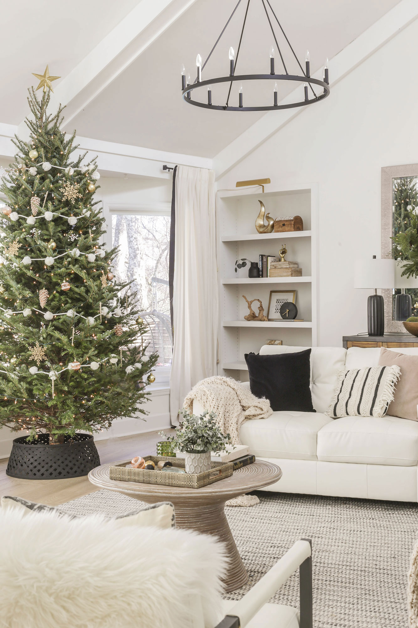 neutral modern christmas glam decor