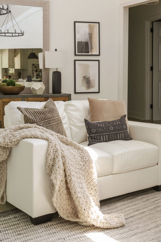 neutral cozy fall decorating